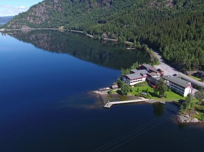 Byglandsfjorden og Revsnes hotell